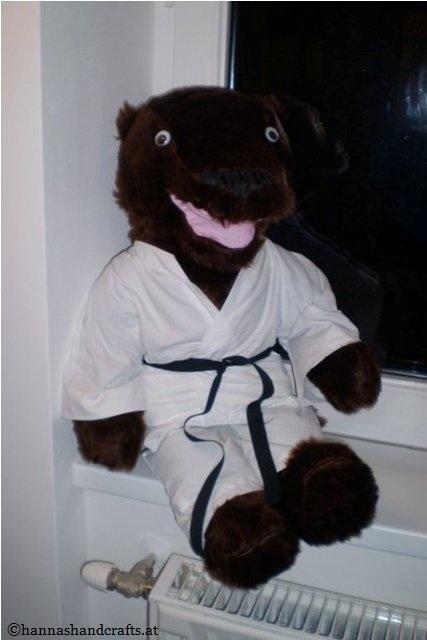 11. Karateotter