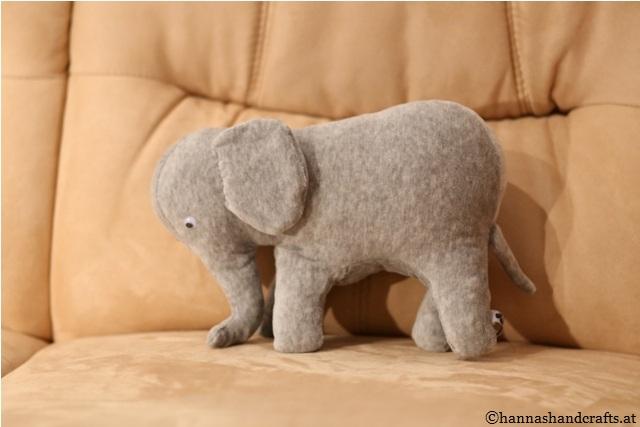 3. Elefant side